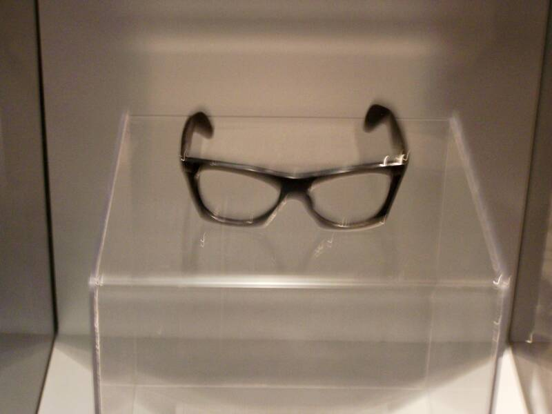 BUDDY HOLLY'S GLASSES )